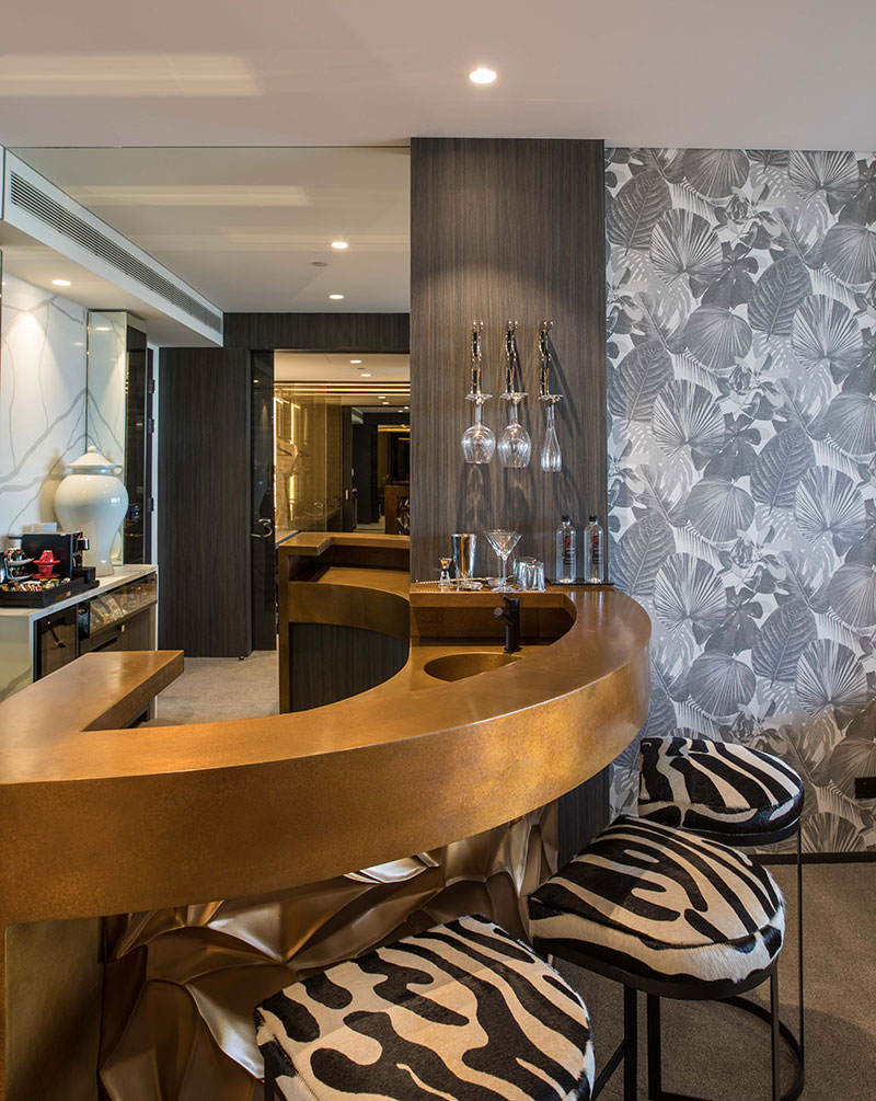 Bronze bar included in a Premier Suite at Emporium Hotel South Bank.