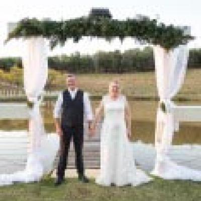 Toowoomba Wedding Stylists Weddingguidecomau